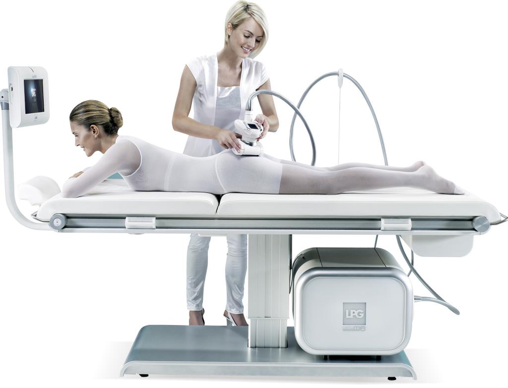 Učenje anticelulitne masaže ali obisk salona