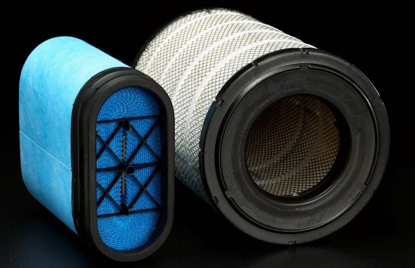Zračni filter za odstranjevanje vseh zračnih navlak