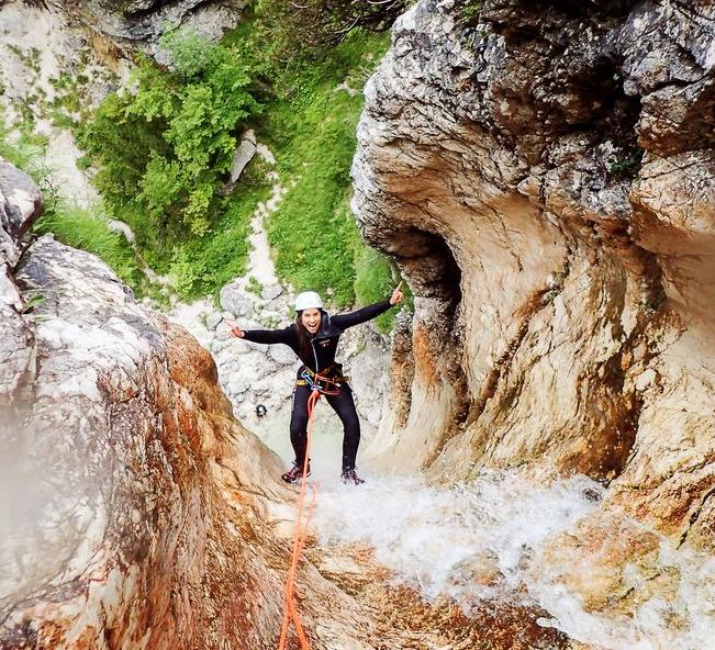 Canyoning Bovec v soteski smaragda