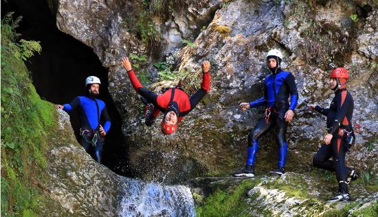 Amazing Canyoning Bled – Teambuilding
